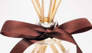 Photo of Cyrine Aromatherapie Reed Diffuser Review