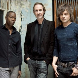 Photo of Mike and The Mechanics Tour Review