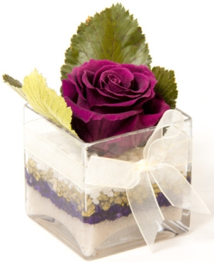 Photo of Scented Floral Creations Glass Cube with Preserved Rose Review