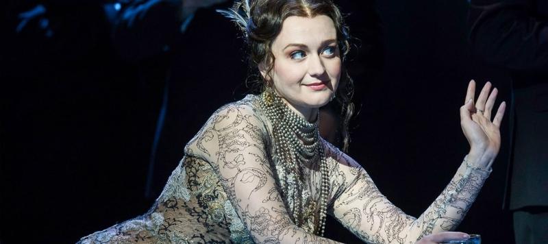 Photo of Glyndebourne's La Traviata at Milton Keynes Theatre Review