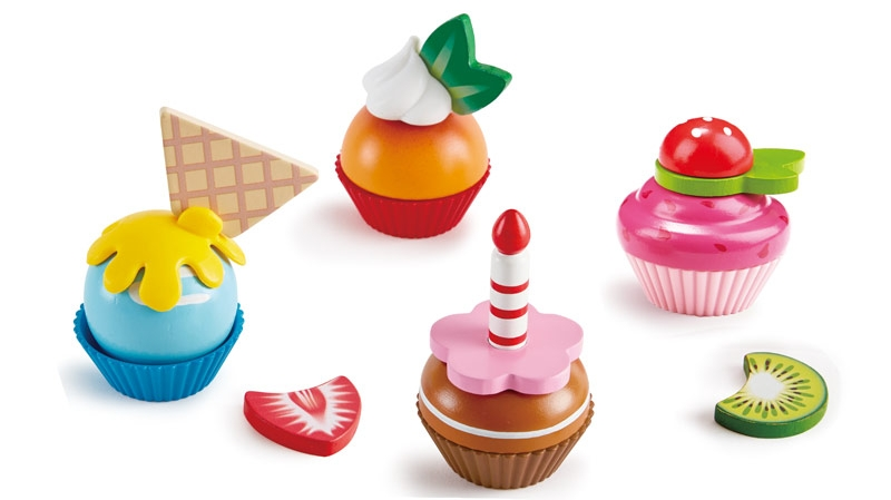 Photo of Hape Cupcakes Wooden Play Food Set Review