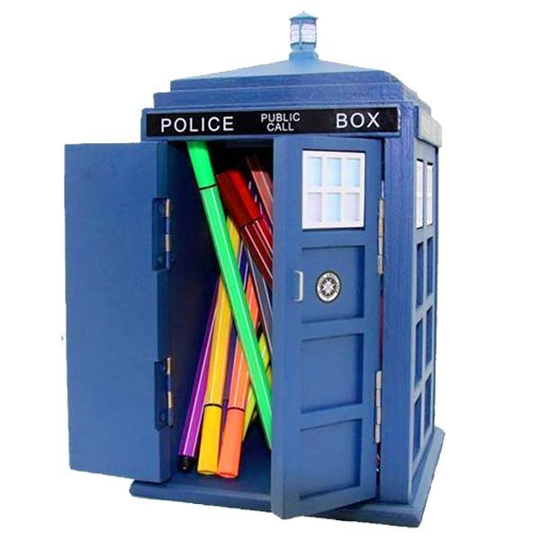 Photo of Doctor Who TARDIS Desk Tidy Review