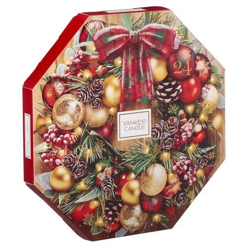 Photo of Yankee Candle Wreath Advent Calendar Review