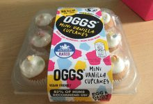 Photo of OGGS Vanilla Cup Cakes Review